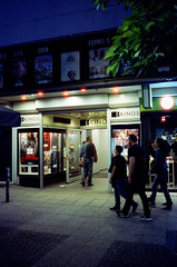 EKinos (roman.koenig) Tags: frankfurt am main cinestill 800t contax t3 35mm germany night zeil myzeil