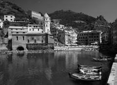 Porto di Vernazza (Darea62) Tags: blackandwhite sea village outside boats harbor vernazza cinqueterre liguria italy borgo unesco mare