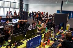 IMG_1225_TAB (lespittets1) Tags: polylan canon 80d epfl conventioncenter esport lol overwatch 2019