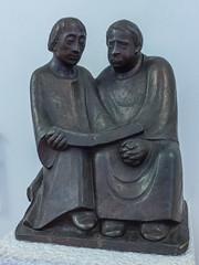 Ernst Barlach: Monaci che leggono (1932) (renagrisa) Tags: museivaticani artecontemporanea