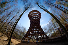 The Forest Tower (Håkan Dahlström) Tags: 9a 2019 adventure architecture arkitekter camp climbing denderupvej denmark destination effekt experience forest gisselfeld haslev klosters photography sjælland själland skog skogstorn skogstornet skove skovtaarnet skovtårn skovtårnet spiral tower tree treetop walkway