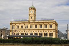 Leningradsky station 2018-06-21 (Michael Erhardsson) Tags: leningradsky railwaystation station building city urban architecture russia moscow summer travel destination ryssland resa 2018