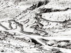 Mountain Fun (Maximilian Busl) Tags: canazei trentinoaltoadige italien mountains snow road pass black white bw dolomites ridge winter hasselblad