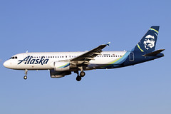 N842VA (JBoulin94) Tags: n842va alaska airlines airbus a320 baltimore baltimorewashington international airport bwi kbwi usa maryland md john boulin