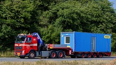 AB97514 (18.08.09, Motorvej 501, Viby J)DSC_7968_Balancer (Lav Ulv) Tags: 258285 volvo volvofh fh3 2012 fh460 lowloader dieplader blokvogn tiefauflieger hrdtrailer knudgade e5 euro5 6x4 red drivermads truck truckphoto truckspotter traffic trafik verkehr cabover street road strasse vej commercialvehicles erhvervskøretøjer danmark denmark dänemark danishhauliers danskefirmaer danskevognmænd vehicle køretøj aarhus lkw lastbil lastvogn camion vehicule coe danemark danimarca lorry autocarra danoise vrachtwagen motorway autobahn motorvej vibyj highway hiway autostrada trækker hauler zugmaschine tractorunit tractor artic articulated semi sattelzug auflieger trailer sattelschlepper vogntog oplegger sættevogn