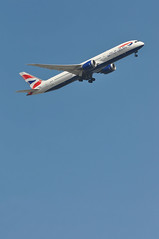 BA0139 LHR-BOM (A380spotter) Tags: takeoff departure climb climbout bank banking turn undercarriage landinggear extended deployed down boeing 787 9 900 dreamliner™ dreamliner zb369 gzbkh internationalconsolidatedairlinesgroupsa iag britishairways baw ba ba0139 lhrbom runway09r 09r london heathrow egll lhr