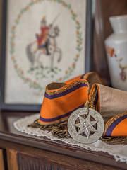 Orderly Orange (Siobhán Bermingham) Tags: religion urbex abandoned unionism decay ireland old house battleoftheboyne deserted kingbilly 1690 protestant northernireland sash
