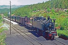CP E204, Samardã, 22 June 1972 (filhodaCP) Tags: cp corgo linhadocorgo narrowgauge viaestreita viametrica metregauge metergauge caminhodeferro comboioavapor comboiosdeportugal steam steamlocomotive ferroviário