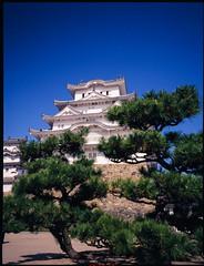 姬路城-3 (retrue) Tags: 日本 姫路城 兵庫県 姫路市 fuji ga645w fujifilm fujichrome velvia 100