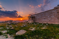 Sunset in Acropolis (Vagelis Pikoulas) Tags: acropolis athens ancient architecture archaelogical archaeology view sun sunset statue april spring 2019 europe greece sunburst sunrays nature tokina 1628mm canon 6d