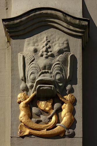 "KN-Verlagsgebäude (04) • <a style=""font-size:0.8em;"" href=""http://www.flickr.com/photos/69570948@N04/32716494817/"" target=""_blank"">Auf Flickr ansehen</a>"