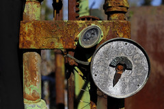 'Gallons' (Andrew@OxfordPart2) Tags: abstract colours rust gallons petrol pump vintage andover steam yard scrap junk