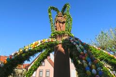 Osterbrunnen (barbmz) Tags: rheinhessen bechtheim brunnen ostern fountain easter ostereier eastereggs