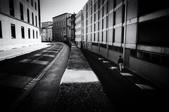 Street (Sandy...J) Tags: street streetphotography sw schwarzweis strasenfotografie stadt atmosphere alone atmosphäre architecture monochrom mono mood stimmung city light blackwhite bw germany deutschland noir urban walking fuji absoluteblackandwhite