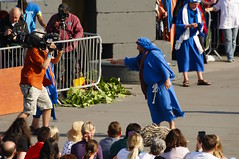 Passion Of Jesus play in Trafalgar Square on Good Friday - 122 (D.Ski) Tags: jesus passionofjesus play trafalgarsquare openair nikon nikond700 200500mm london england wintershall goodfriday easter