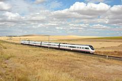 Renfe S120 (Nelso M. Silva) Tags: caf alstom s120 renfe alvia automotora comoboio eletrico tren