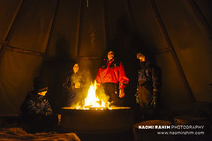 Campfire in Teepee - Finnish Lapland (Naomi Rahim (thanks for 5 million visits)) Tags: aurora finland night finnishlapland lapland rovaniemi scandinavia europe 2018 travel travelphotography nikon nikond7200 family people teepee fire campfire camping lowlight 1116mm