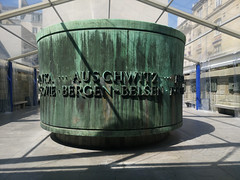 2019-04-FL-209126 (acme london) Tags: church jewishsynagoge memorial monument names paris