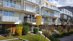 Gmunden - Austria (Been Around) Tags: gmunden beenaround gmundenamtraunsee salzkammergut europe europa oberösterreich upperaustria österreich eu austria annastrase balkon haus häuser house