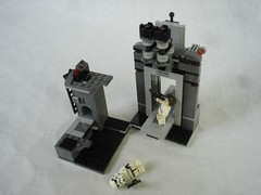 75229 - shooting stormy & fall (fdsm0376) Tags: lego set review 75229 death star escape wars leia princess organa luke skywalker stormtrooper mouse droid