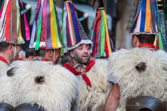 comparsa de Zanpantzar (Juan Ig. Llana) Tags: bilbao euskadi carnaval basquefest folklore zanpantzar joaldunak gorros ttuntturo cónico color cencerro esquila lana gente explore