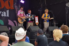 147-20180602_14th Wychwood Music Festival-Cheltenham-Gloucestershire-Main Stage-The Bar-Steward Sons Of Val Doonican (Nick Kaye) Tags: wychwood music festival cheltenham gloucestershire england