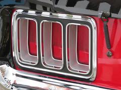 Ford Mustang (jane_sanders) Tags: goodwood motorcircuit westsussex sussex 77thmembersmeeting 77mm membersmeeting fordmustang ford mustang light