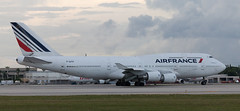B747   F-GITF   MIA   20130908 (Wally.H) Tags: boeing 747 boeing747 b747 fgitf airfrance mia kmia miami airport