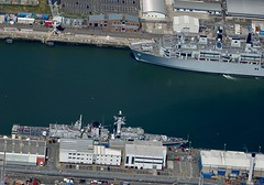 RX308270 (1) (gosport_flyer) Tags: rn frigate type23 lpd warships dockyard