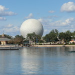Florida - Orlando: EPCOT Center - World Showcase Lagoon & Spaceship EARTH (Walt Disney World) thumbnail