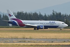 C-FLHE (LAXSPOTTER97) Tags: flair airlines boeing 737 737400 cn 28889 ln 3000
