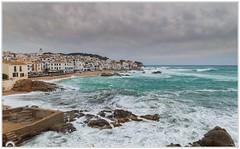 """""""Cuando el Mediterráneo ruge"""" (Gerkraus) Tags: mediterraneo marina costabrava paisaje costa landscape spain verde olas pueblosconencanto calelladepalafrugell"""