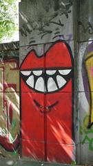 2019-04-22_15-23-12_ILCE-6500_DSC09126 (Miguel Discart (Photos Vrac)) Tags: 2019 42mm artderue belgie belgique belgium bru brussels bruxelles bxl bxlove divers e2875mmf2828 focallength42mm focallengthin35mmformat42mm graffiti graffito grafiti grafitis ilce6500 iso320 photoderue photography sony sonyilce6500 sonyilce6500e2875mmf2828 street streetart streetphotography