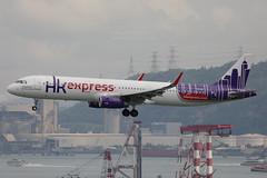 """Airbus, A321-231, B-LEI, """"Hong Kong Express"""", VHHH, Hong Kong (Daryl Chapman Photography) Tags: blei uo hkexpress hongkongexpress hke airbus a321 a321231 canon 5d mkiv 100400l 7969 hongkong china sar hkia clk cheklapkok hongkonginternationalairport plane planes planespotting planephotography aviation aviationphotography landing arrival 25r uo625 tokyo haneda"""