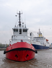 Smit Waterloo (frisiabonn) Tags: vehicle ship water wirral liverpool england uk britain marine vessel river mersey merseyside sea shore waterfront maritime boat outdoor birkenhead saint helena cargo extreme docks harbour st tug tugboat smit kotug barbados waterloo