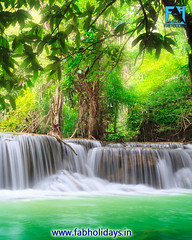 🌊🌊This Waterfall Is One of the Most Beautiful Sights in Thailand & Almost No One Goes There🌊🌊 (fabholidays) Tags: