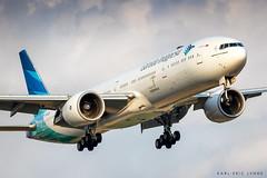 PK-GIF - Garuda Indonesia 777 | LHR (Karl-Eric Lenne) Tags: pkgif 777 garuda indonesia 777300er boeing landing evening london egll lhr heathrow