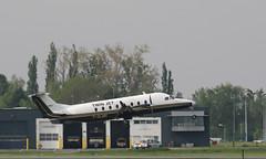 Beechcraft 1900D, Twin Jet, destination Strasbourg, F-GLNH (fa5962) Tags: avions hautsdefrance nord lille lesquin aéroport aéroportlesquin aéroportlillelesquin aéroportlille lfqq twinjet beechcraft 1900d beechcraft1900d frédéricadant adant eos760d canon fglnh beech