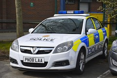 PN08 LAA (S11 AUN) Tags: merseyside police vauxhall vectra 22i direct special irv incident response vehicle panda patrol area car anpr traffic roads policing unit rpu motor patrols 4x4 nwmpg northwestmotorwaypolicegroup 999 emergency pn08laa