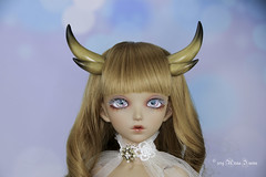 Golden double horns MSD (AnnaZu) Tags: golden double horns msd alicia minifee annazu annaku doll fairyland polymer clay commission vesnushkahandmade magnetic