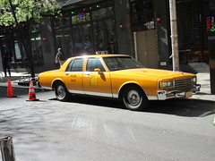 Yellow 1970s Chevrolet Caprice Taxi Cab NYC 6914 (Brechtbug) Tags: yellow 1970s chevrolet caprice taxi cab 45th street manhattan vintage 1970 70s 80s 1980 1980s type car cabs near times square midtown new york city 2019 april spring 04242019 nyc boxy old older