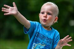 kleiner dirigent - little conductor (hans der insulaner) Tags: boy junge dirigent conductor portrait people child