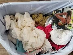 20190418_132446 (math33math) Tags: waste bag basura garbage sac trash rubbish poubelle poubelles déchets déchet discarded