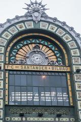 20190416-DSC01709Bilbao. Spain (R H Kamen) Tags: basque bilbao biscay bizkaia spain spanishbasquecountry architecture buildingexterior clock facade railroadstation rhkamen