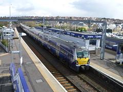 Westbound train arriving at Airdrie from Edinburgh Waverley. (calderwoodroy) Tags: class334emu electricmultipleunit scotrail northbritishrailway airdriestation airdrie railwaystation station monklands northlanarkshire lanarkshire scotland