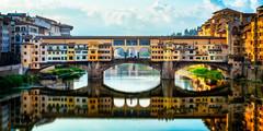 The Ponte Vecchio | Florence, Italy (NicoTrinkhaus) Tags: pontevecchio florence italy europe river bridge famous landmark sightseeing
