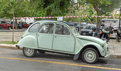 Citroen 2CV (BlueVoter - thanks for 2.5M views) Tags: citroen deuxchevaux car carro wagen voiture automobile