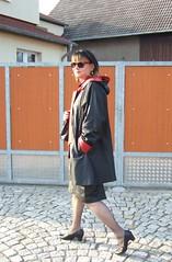 Walk in Mühlberg (Marie-Christine.TV) Tags: feminine transvestite lady mariechristine mühlberg leather dame leder ledermantel lederrock skirt tgirl tgurl elegant pumps