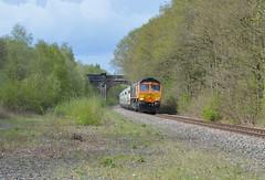Old Royston desolation. (davehell) Tags: 66775 class66 gbrfrailfreight locomotive locohauled wakefieldrailway barnsleyrailway generalmotors disusedrailway sandtrain ryhill abandonedrailway