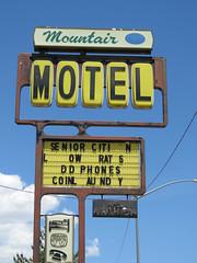 Mountair Motel (jimsawthat) Tags: rust vintagesign plasticsign motel vintagemotel smalltown richfield utah